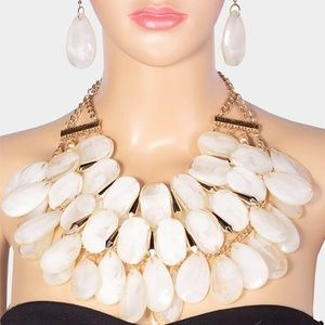 Chunky Resin Bead Cluster Statement Necklace